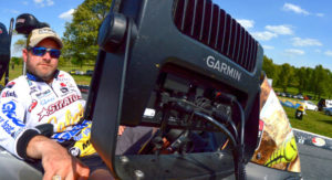 garmin-pro-mike-mcclelland-relied-on-garmin-mapping-at-bull-shoals-social-media-blog-featured-photo-crop-702x336